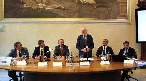 A Piacenza presentate le nuove linee guida Abi per la valutazioni degli immobili